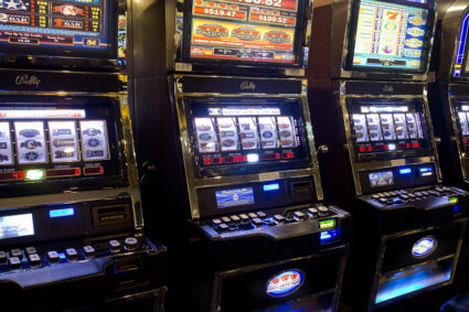 What Are the Benefits of Online Slot Gambling?